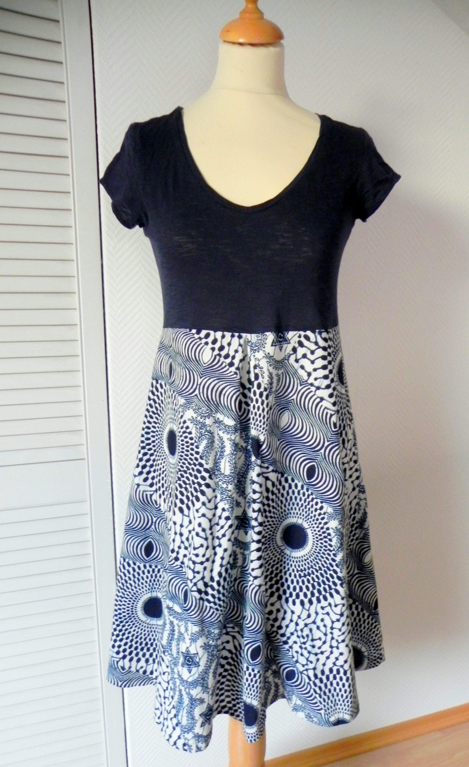 Diy Upcycling T-shirt + Rock = Kleid – Mareablogdotcom