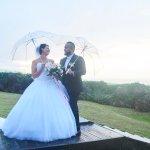 mariage, robe, parapluie, bouquet,