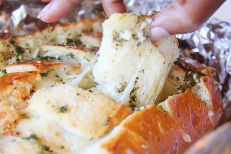 crack bread mozzarella herbs artisan