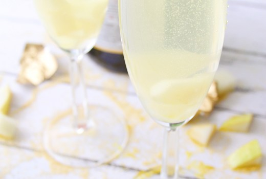 Celebrate The Golden Globes with This Fabulous Cocktail! My Sparkling Gold Pear Cocktail!