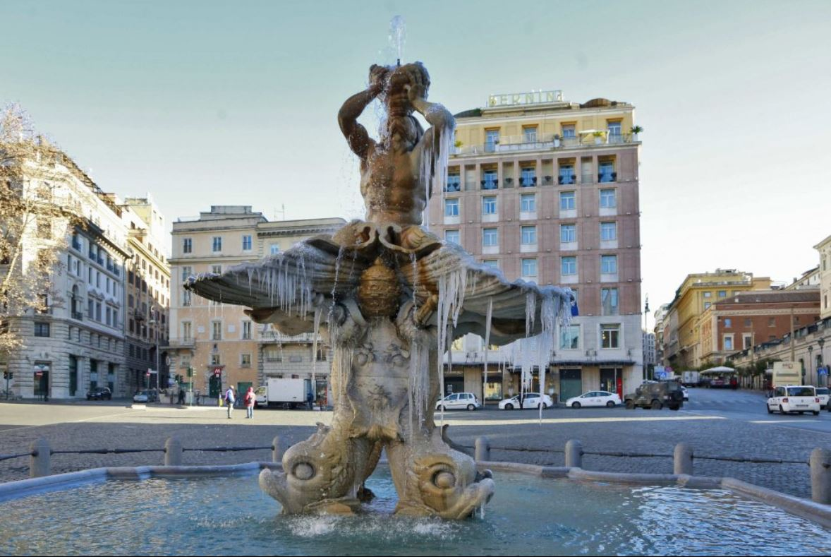 Frozen Fountain Frozen Fountain In Rome Photo By Angelo Franceschi Margie In Italy