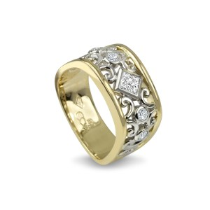 Designer Series Signature Right Hand Ring