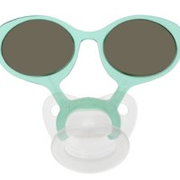 Est-ce une lunette? Est-ce une suce? C'est une suce-lunette!