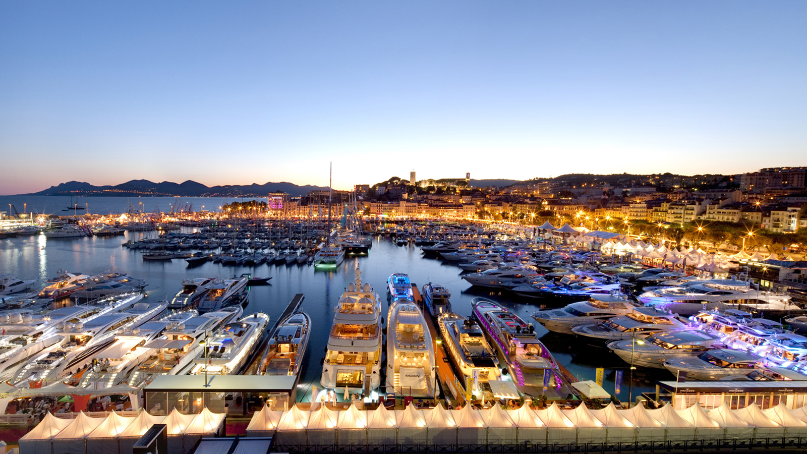 Salon Nautique Cannes Cannes Yachting Festival The Largest Boat Show In Europe