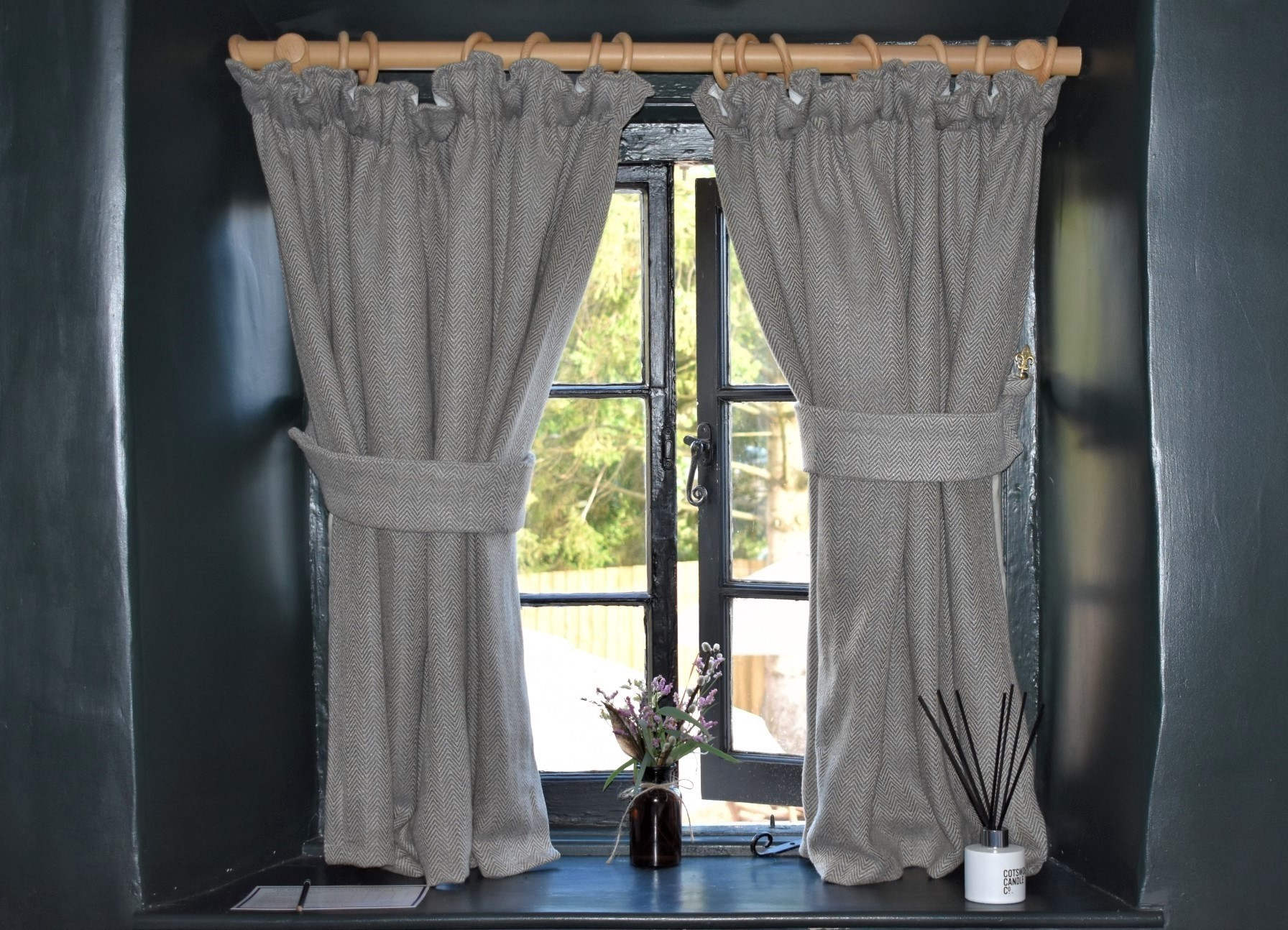 Does It Matter If Curtains Are Too Long And How To Shorten Them