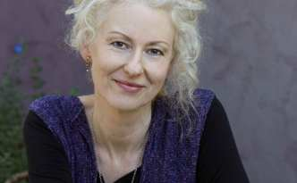 Amanda Curtin, author of Inherited and The Sinkings