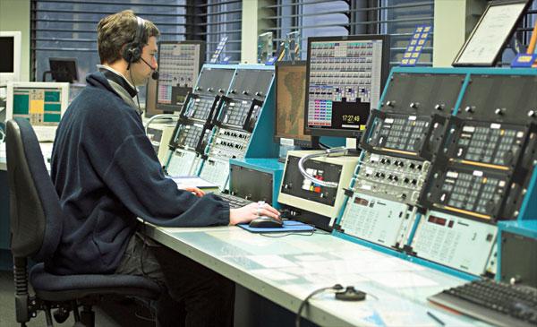 The Wellington control centre for ZLM Taupo Maritime Radio, 2006
