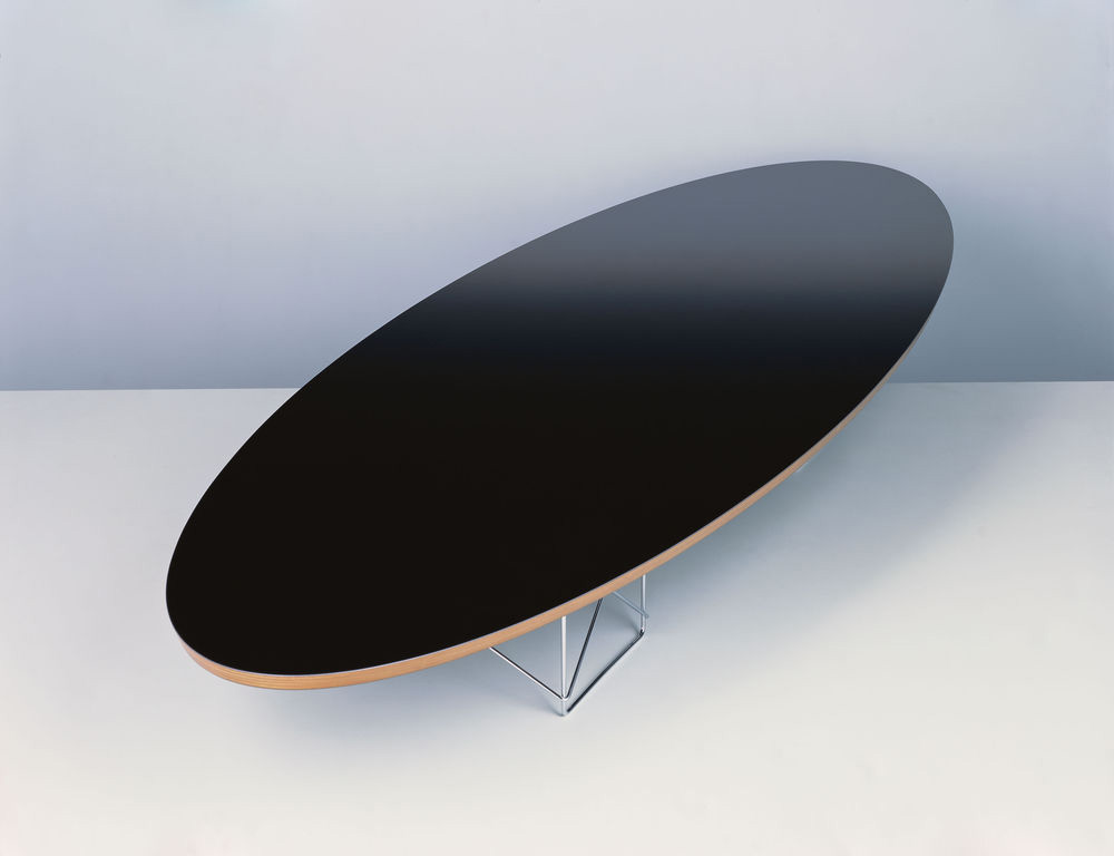 Elliptical Table Etr Von Charles Und Ray Eames I Vitra