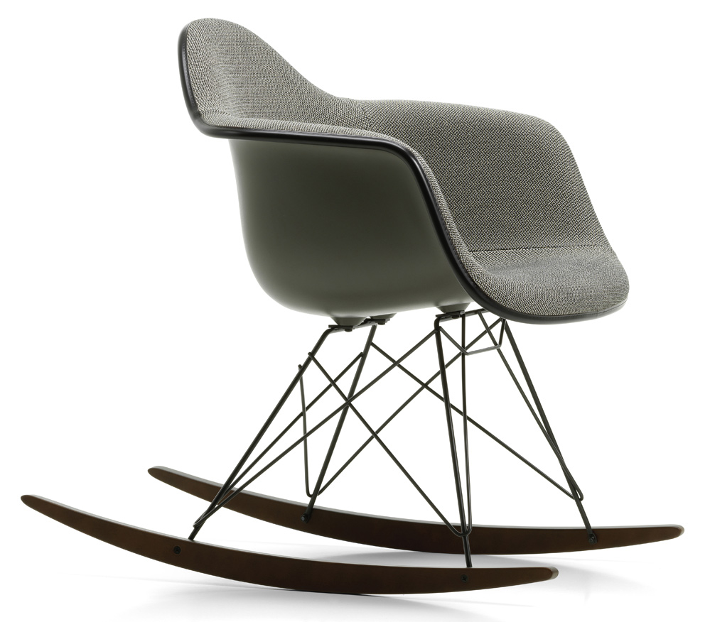 Schaukelstuhl Vitra Eames Plastic Chair Rar Edition
