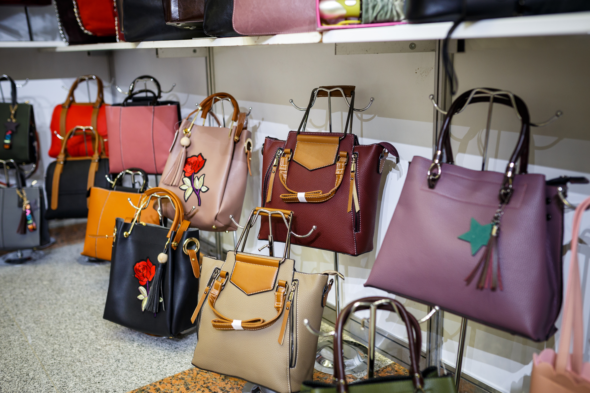 Bag Shops Why A Pawn Shop Is The Best Place To Buy A Designer Purse Gold