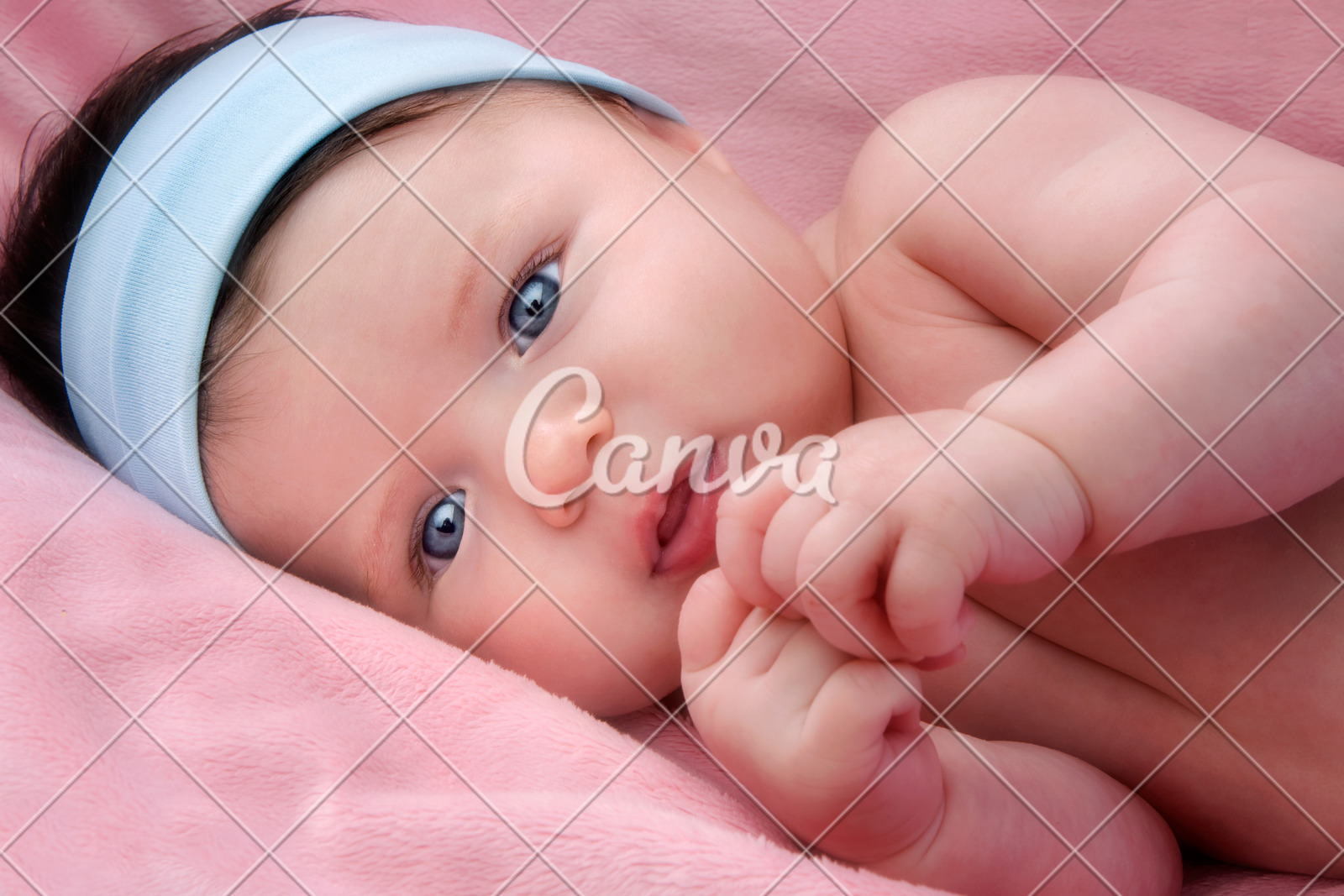 Newborn Babies With Blue Eyes Adorable Baby Newborn With Blue Eyes Photos By Canva