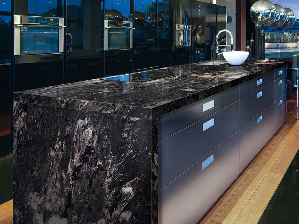 Arbeitsplatte Granit Black Pearl Black Granite Treatments And Typologies Marmi Rossi S P A