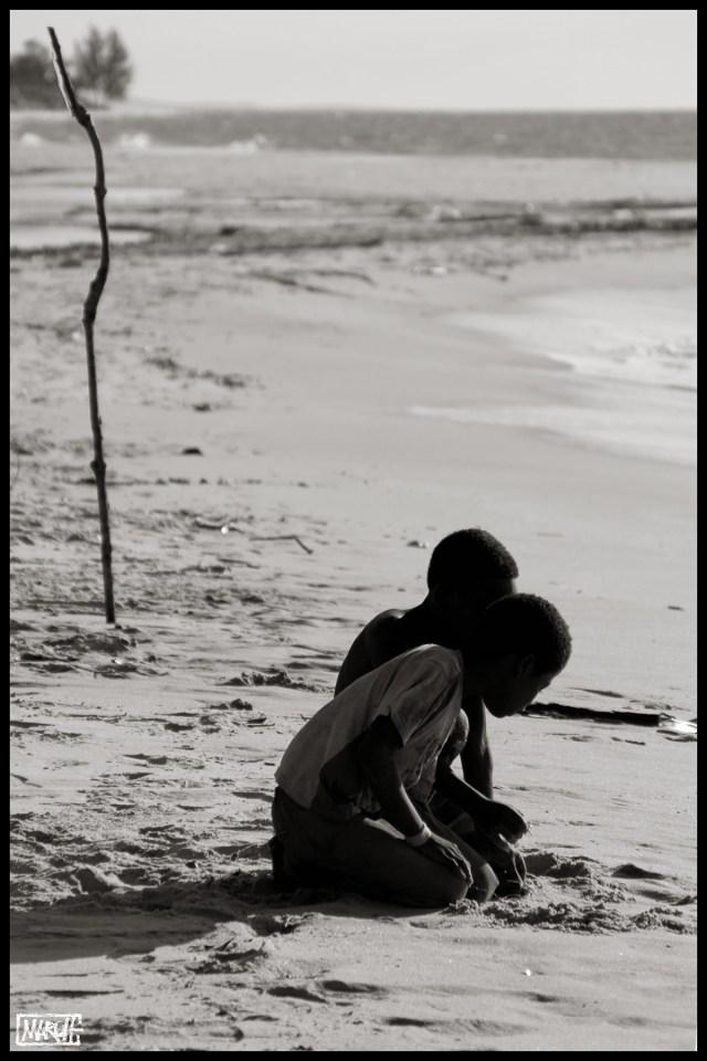 Maroh---Madagascar-2015---chasseur-de-crabes