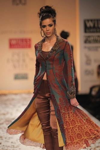 World Fashion: Wills Lifestyle India Fashion Week 2012