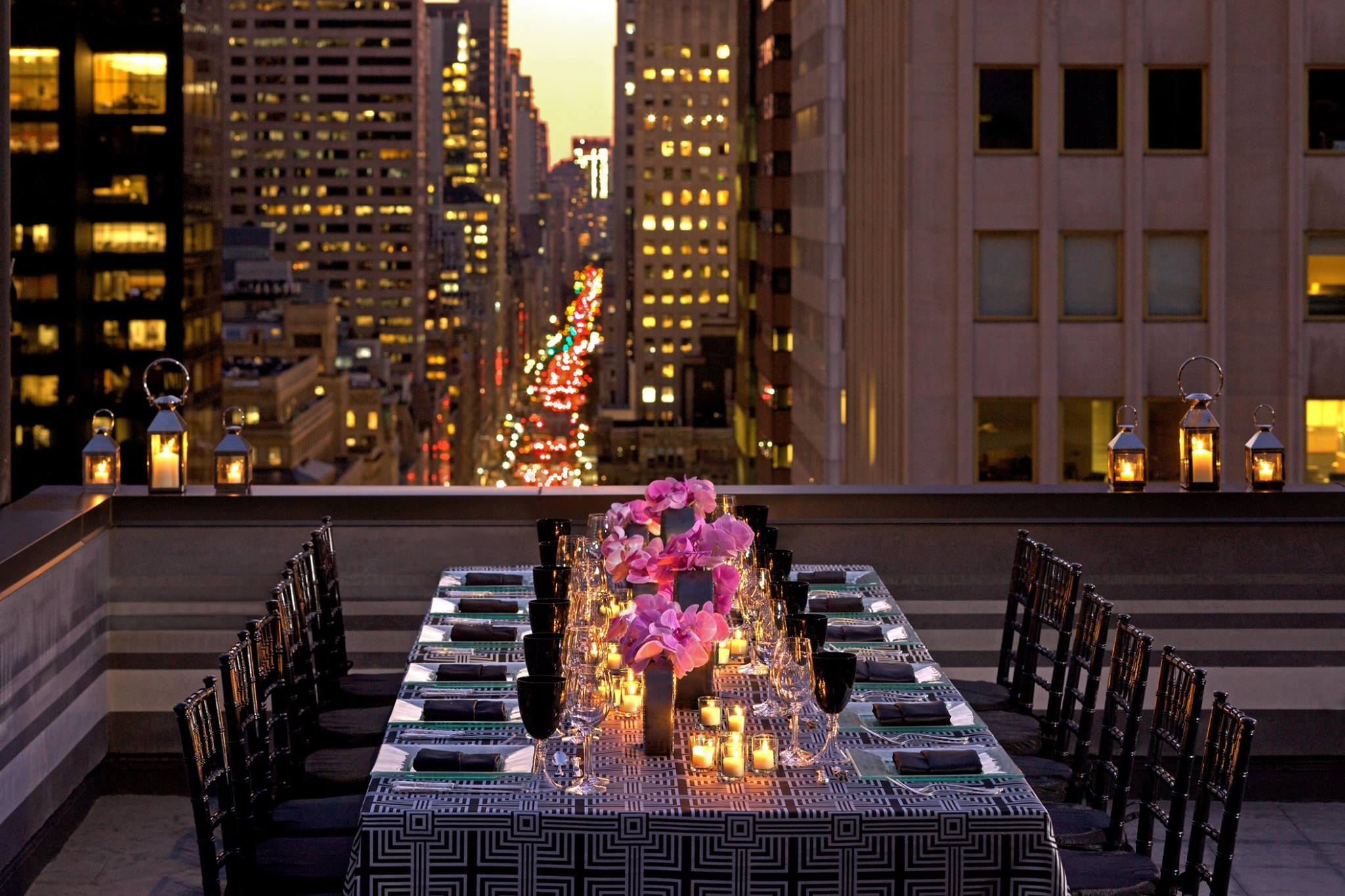 Hotel Toit Terrasse New York A La Découverte Du Restaurant Clement Au Peninsula New