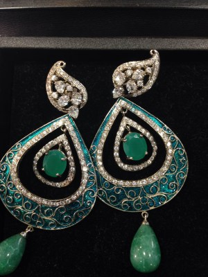 Shopping for earrings by Dagmar Jewellery