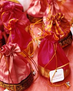Wedding Gift Bags India : Diwali Traditions: Ideas For the Sweet Box