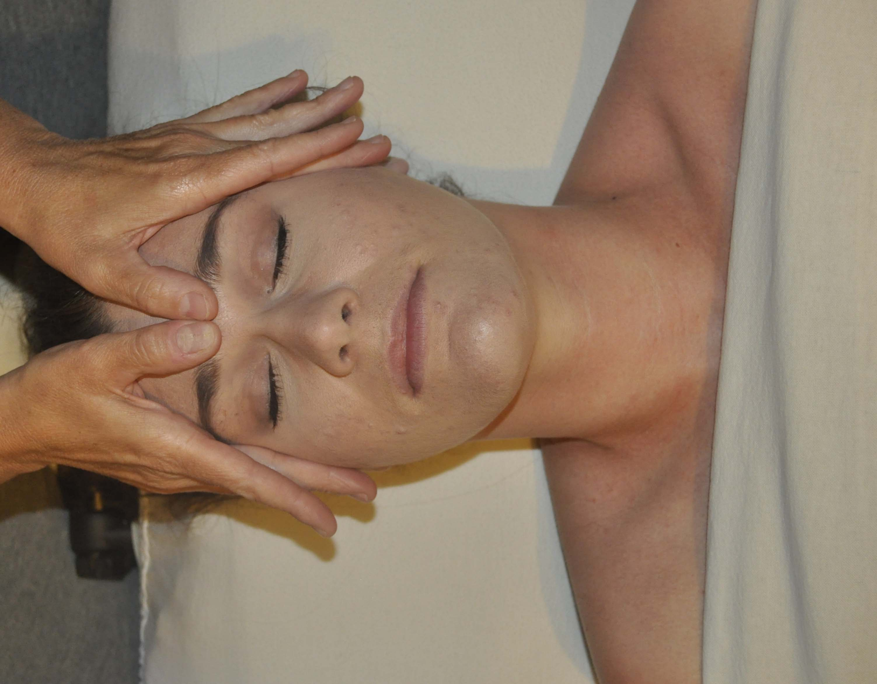 Where Can I Get Full Body Massage Benefits Of Full Body Massage For Your Health