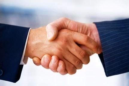 http://i0.wp.com/massrealestatelawblog.com/wp-content/uploads/sites/9/2011/08/26297-cooperation-handshake.jpg?resize=431%2C287