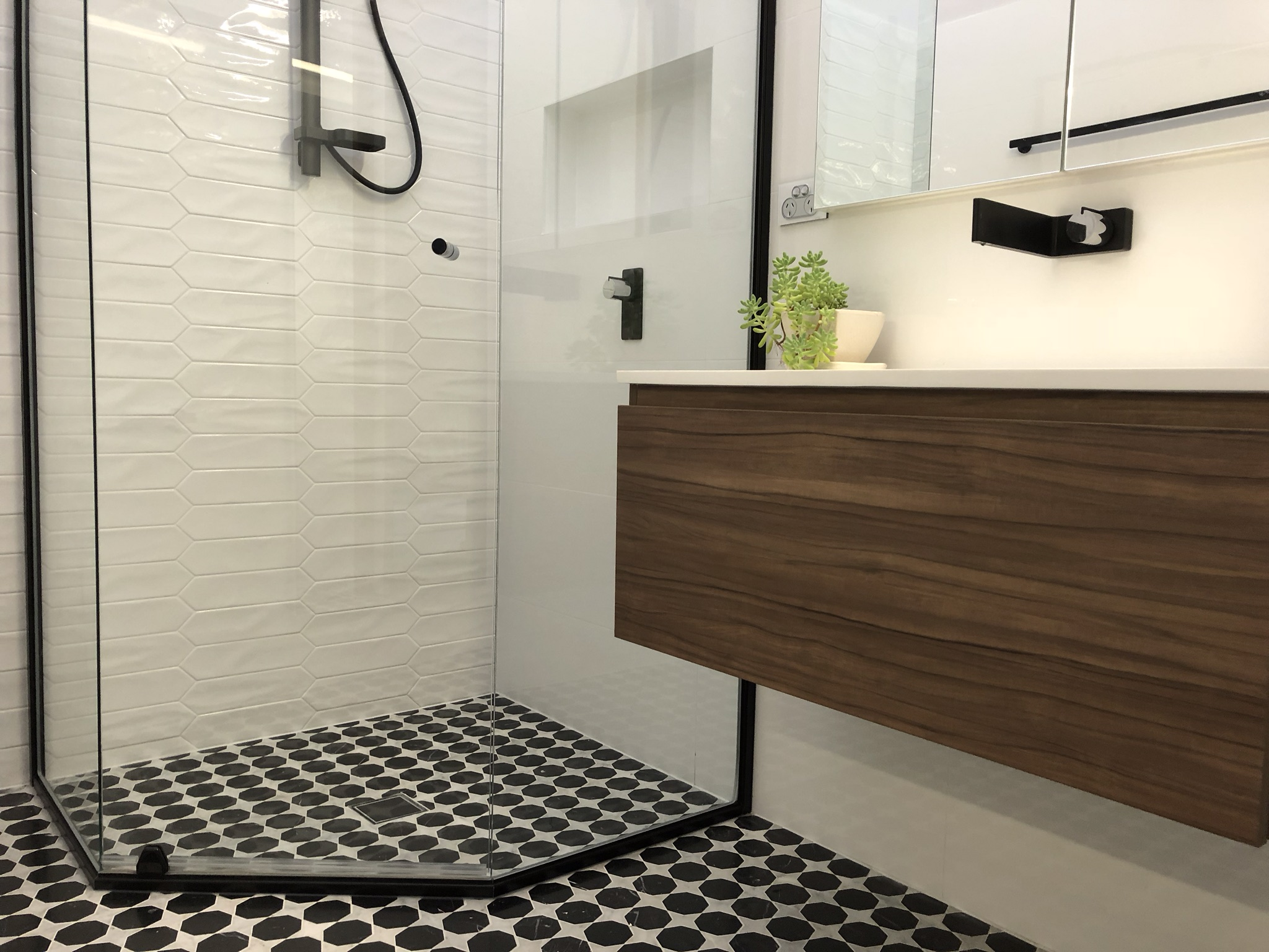Recessed Shaving Cabinets Be Smart With Your Bathroom Mirror When Renovating