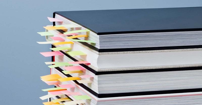 elle-uk-reading-books-getty-01-thumb