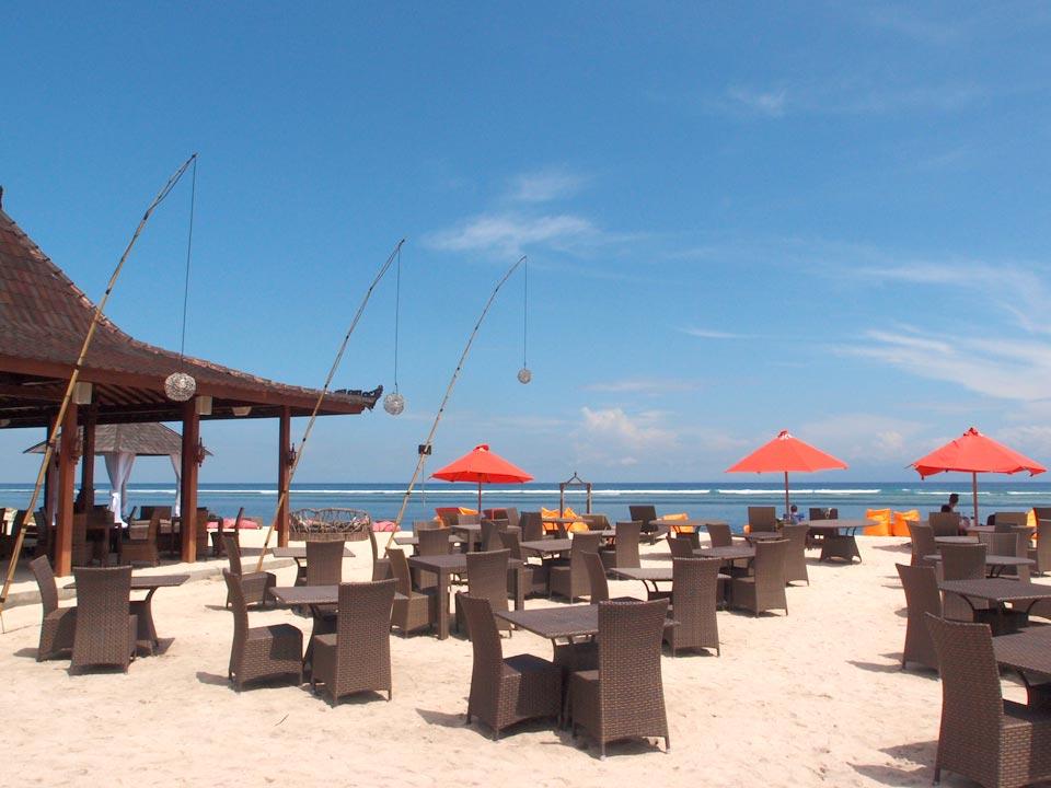 Ombak Sunset飯店海灘餐廳-Gili Trawangan-巴里島自由行