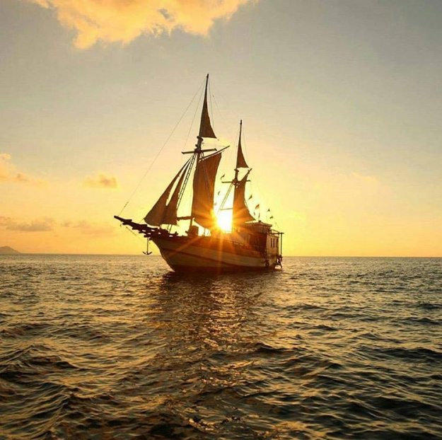 科莫多船宿
