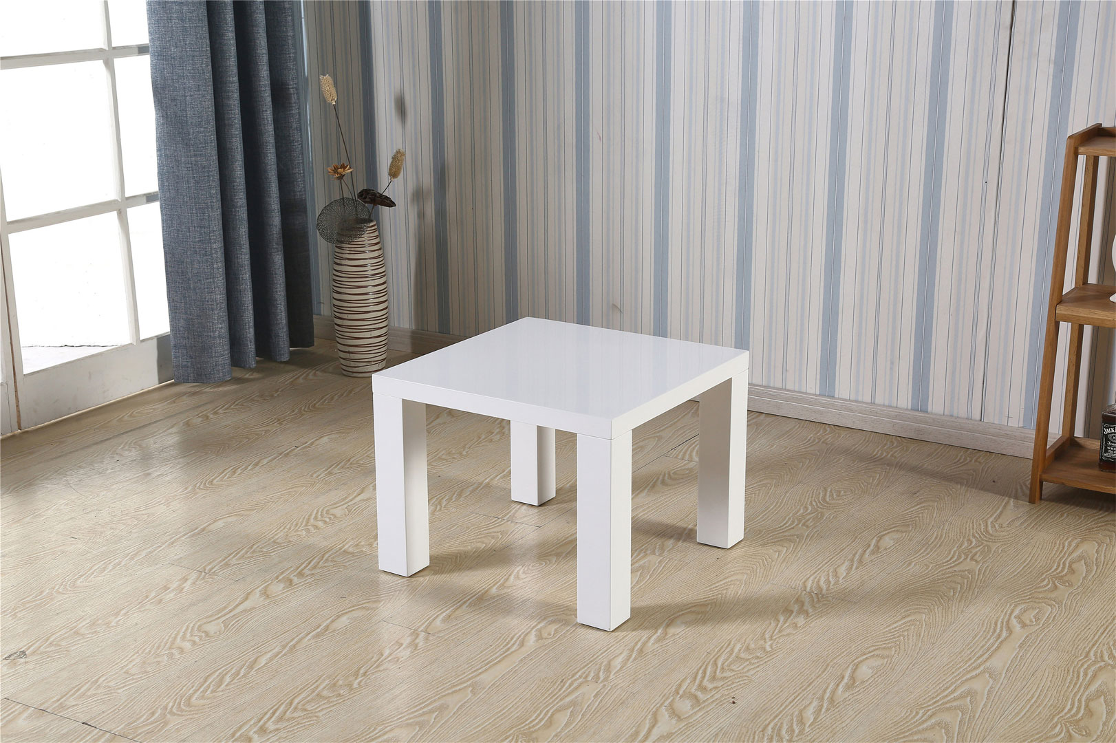 Table Design Carrée Table Basse Carrée Design Laquée Blanche Naomie