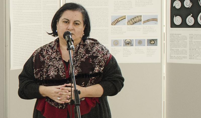 Corina Borș, cercetătorul științific în cadrul MNIR și curatorul expoziției