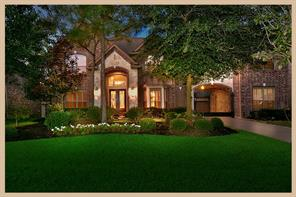 Property for sale at 19 N Fair Manor Circle, The Woodlands,  Texas 77382
