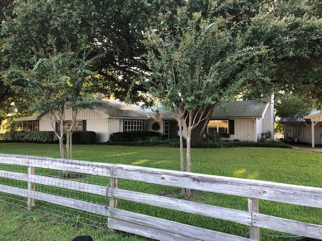 Farmhouse For Sale In Texas 27 61 Acres Fm 362 Road Navasota Tx 77868 Us Navasota Farm For