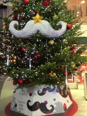 パルコ店舗前のクリスマスツリー