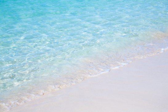 宮古島の透き通る海