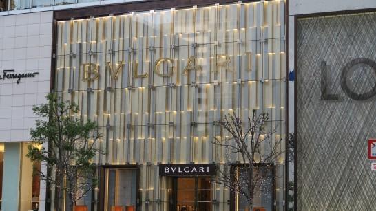 フェラガモ・ブルガリ・ルイヴィトンの店舗