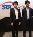 SBI証券 商品開発部の杉本部長と稲場さん