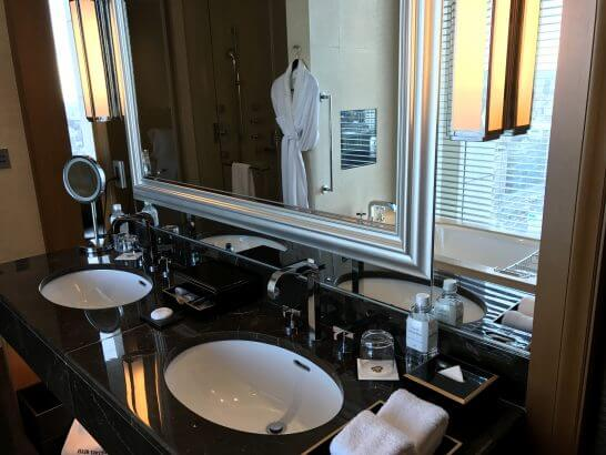 セントレジスホテル大阪の洗面台