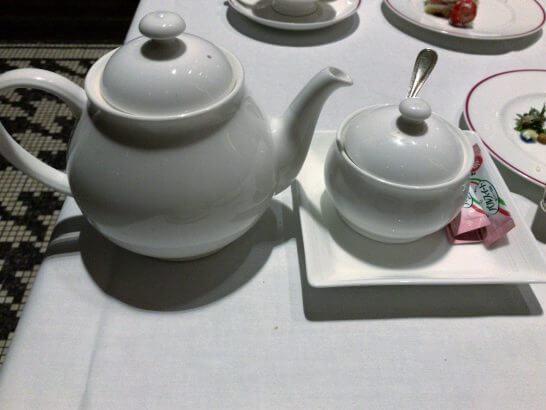 フレンチビストロ「ル ドール」の紅茶ポット