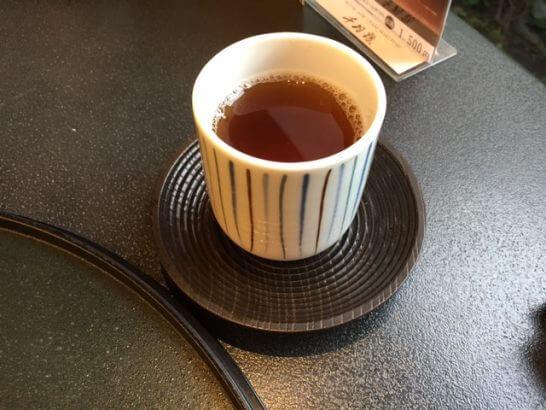 ホテルニューオータニ幕張 千羽鶴のほうじ茶