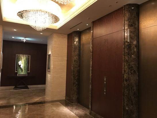 シャングリ・ラ ホテル 東京のエレベーターホール
