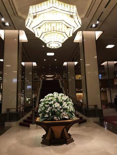帝国ホテル東京のロビーの花