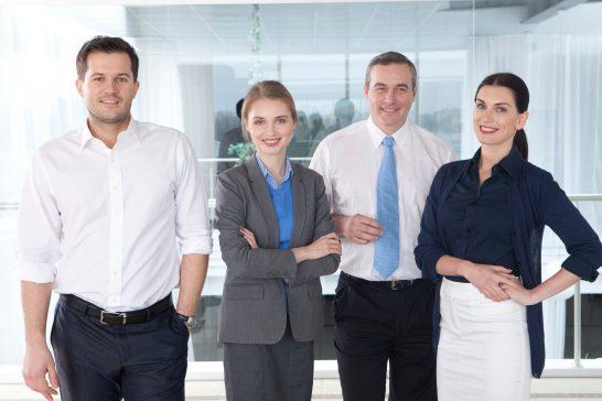 外国人ビジネスパーソン (3)