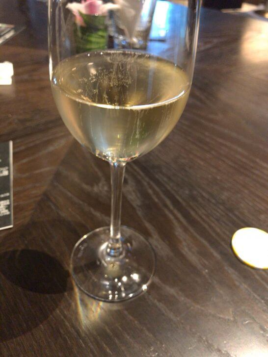 Luxury Social Hourのグラスシャンパン