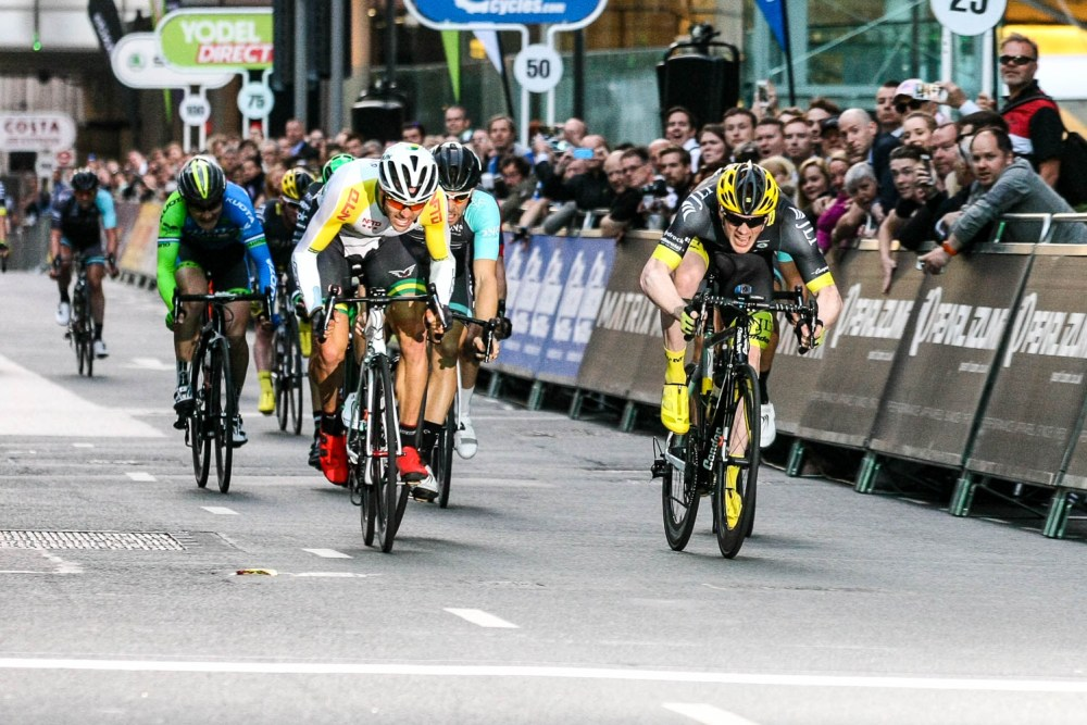 Freelance Photographer - NFTO's Australian Criterium Champion Steele Von Hoff and JLT Condor's Ed Clancy giving a photo finish! Pearl Izumi Tour Series. Round 8 Canary Wharf.