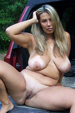 mature nudist moms
