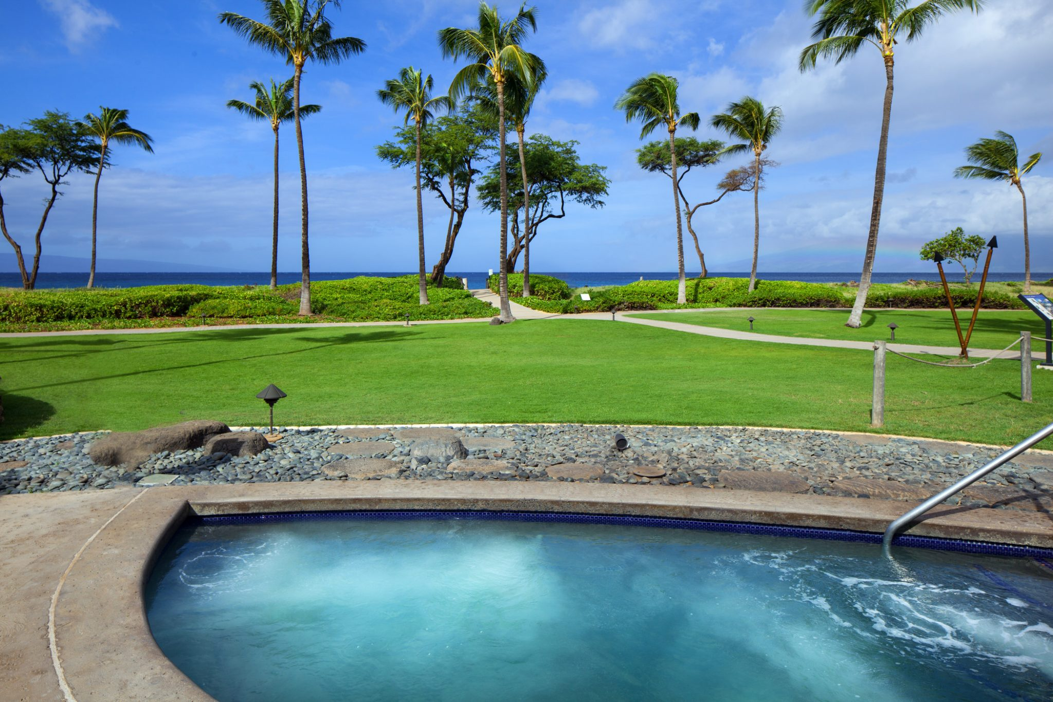 Whirlpool Pool Jacuzzi Hotel Amenities Maui Holiday Villas