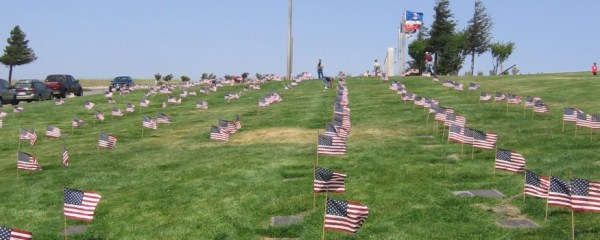 Flags at Eternal Valley - lots