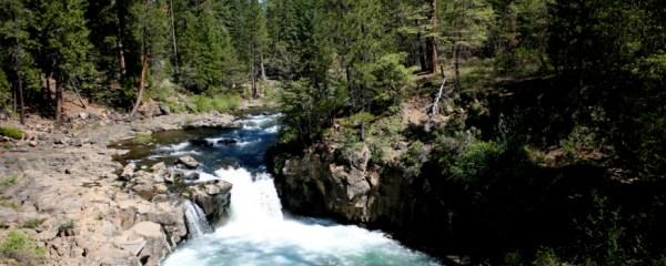 McCloud River by Toshlmasa