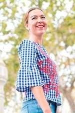 Camisa con bordado de Flores