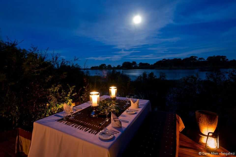 Sindabezi Island: Moonlight-Dinner