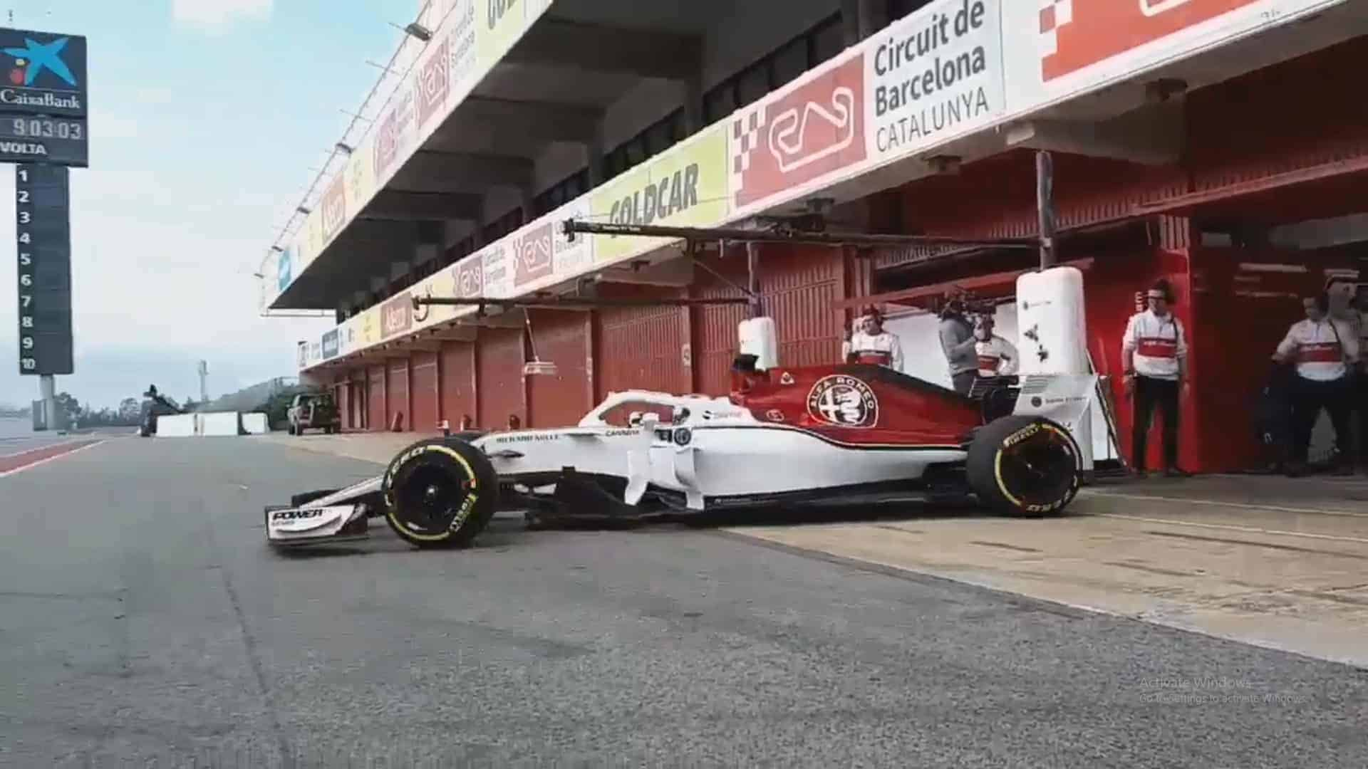 Old Time Car Wallpaper Hd New Ferrari 2018 F1 Engine Hits The Track In New Alfa